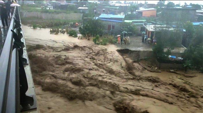 Banjir Bandang Terjang NTT dan Timor Leste, Puluhan Orang Tewas dan Ribuan Rumah Tenggelam