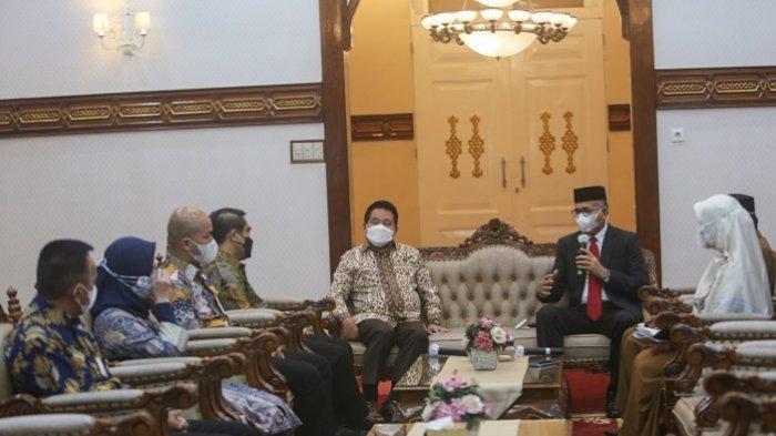 Gubernur Harap Bank Syariah Indonesia dan Bank Aceh Syariah Dapat Bersinergi