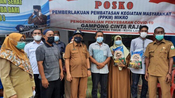 Wakil Wali Kota Langsa Serahkan 12,5 Ton Benih Padi Kepada 444 Orang Petani
