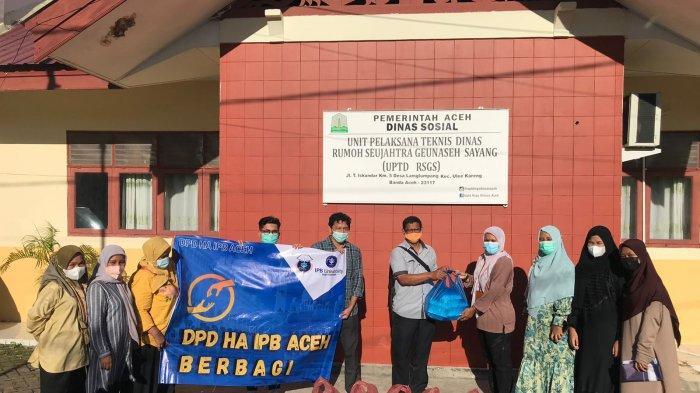 DPD HA IPB Aceh Bagikan 415 Paket Makanan ke Panti Sosial dan Pesantren