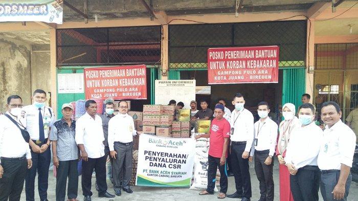 Bank Aceh Syariah Bireuen Bantu Korban Kebakaran di Pulo Ara, Ini Jenis Bantuannya