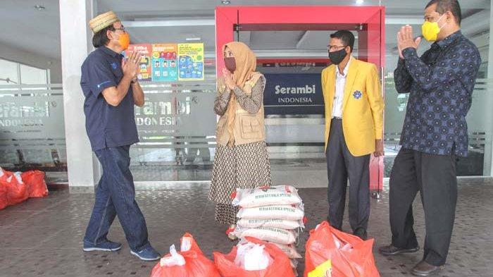 Dyah Bantu 100 Paket untuk Mahasiswa UTU