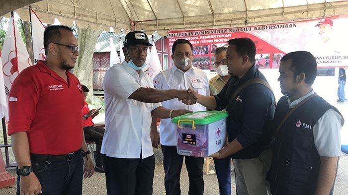 Kawasan Hilir Tamiang Masih Terendam, PMI Aceh Salurkan Bantuan Darurat
