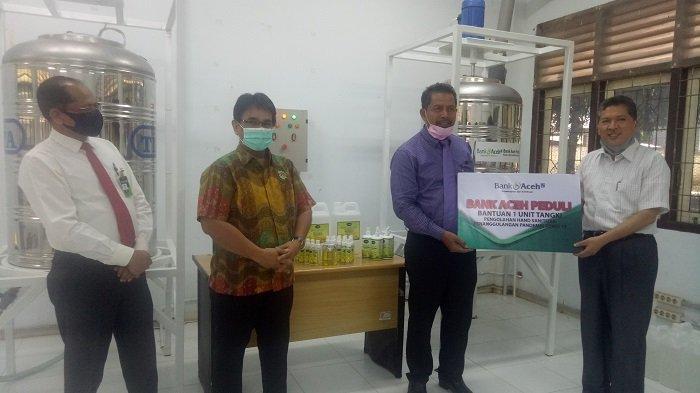 Bank Aceh Syariah Serahkan Tangki Pengolahan Hand Sanitizer, Sekali Produksi Bisa Hasilkan 500 Liter