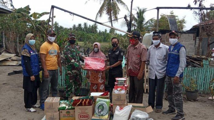Korban Kebakaran di Gandapura Terima Bantuan Mulai Beras Sampai Sajadah