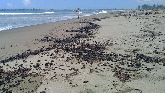 Nelayan Keluhkan Limbah Batu Bara yang Cemari Laut di Nagan Raya