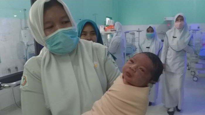 Bayi Laki-laki Ditemukandi Simpang Mamplam Bireuen, Diperkirakan Baru Berusia Satu Hari