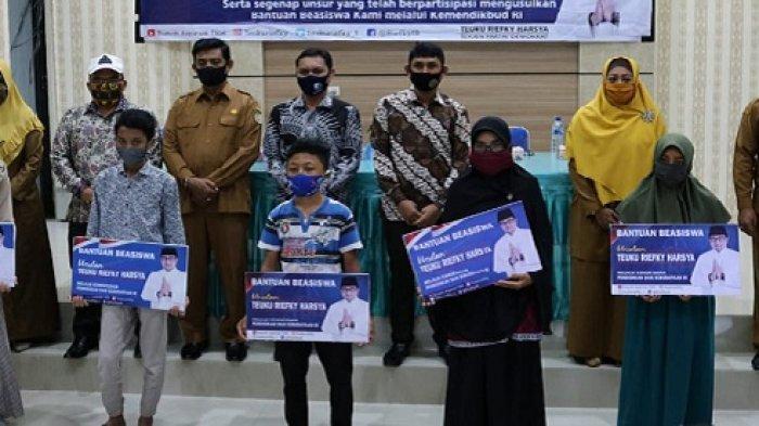 1.919 Siswa Banda Aceh Terima Beasiswa Program Indonesia Pintar, Ini Jumlah bagi SD, SMP, & SMA/SMK