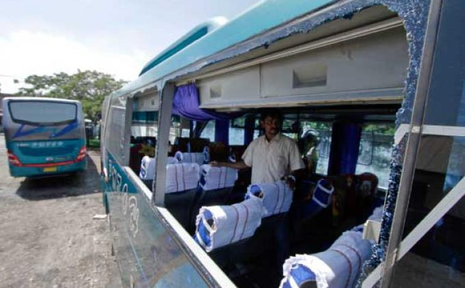 Pelayanan Bus PMTOH Mengecewakan