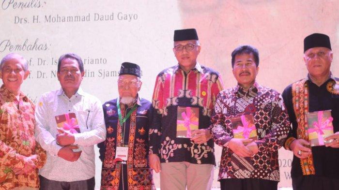 Plt Gubernur Nova Iriansyah Sebut Ribuan Warga Aceh Layak dapat Gelar Pahlawan