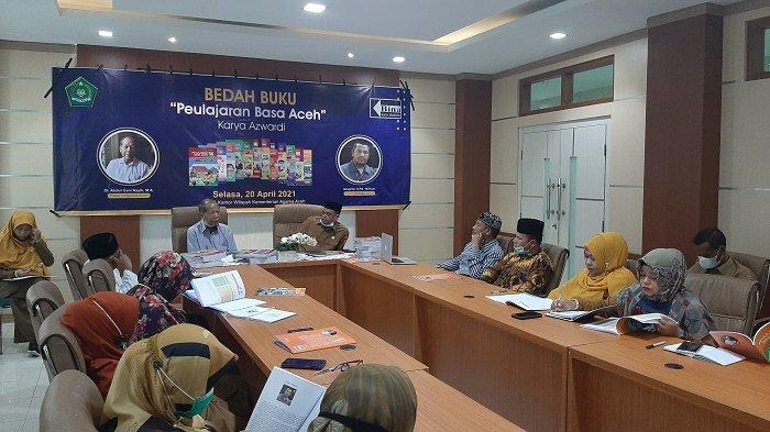 Lestarikan Bahasa Aceh, Kemenag Gelar Bedah Buku Paket