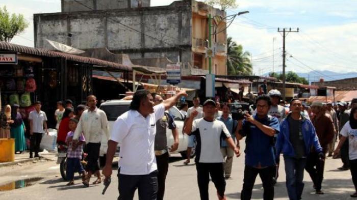 Polisi Letuskan Senjata, Redam Kerusuhan Pedagang VS Satpol PP Subulussalam