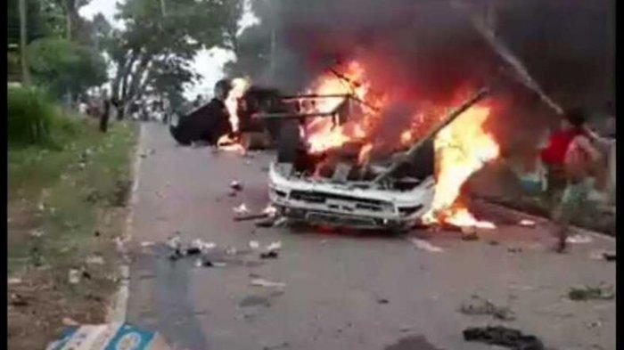 Bentrokan Dipicu Masalah BLT di Mandailing Natal, 6 Polisi Terluka dan Mobil Wakapolres Dibakar