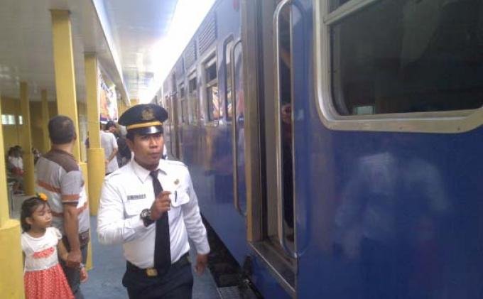 Kereta Api Aceh Diujicoba