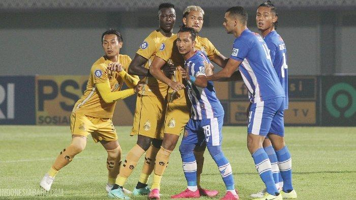Klasemen Liga 1 2021 - Persita Tanggerang Berada Dipuncak, Persiraja Banda Aceh Kurang Beruntung