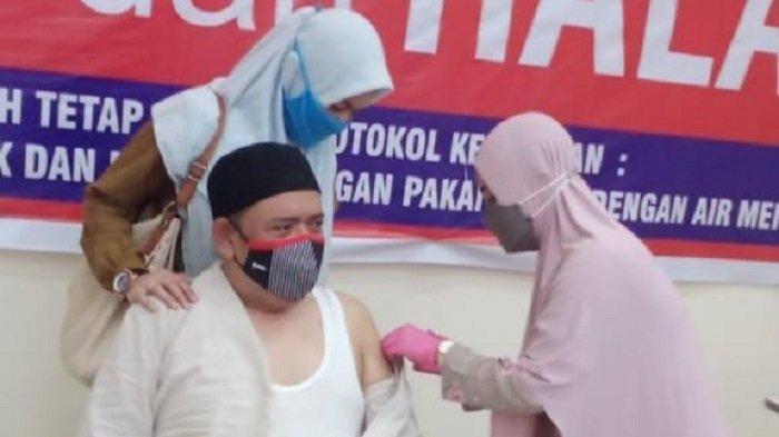 Kepala BKKBN Jambi dan Aceh Lakukan Vaksinasi Dosis Dua di Pidie Jaya