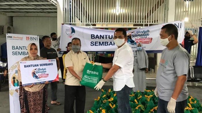 BNI Banda Aceh Bagikan 300 Paket Bahan Pokok di Banda Aceh dan Aceh Besar