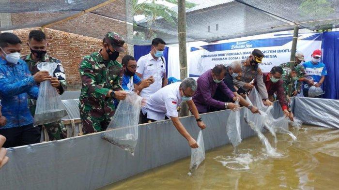 BNN Aceh Gandeng Kantor BI Lhokseumawe, Bantu 60 Ribu Benih Ikan Lele untuk Masyarakat Mon Geudong