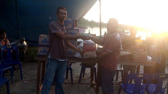 Nelayan Hilang Saat Mancing, BPBD Aceh SingkilSalurkan Bantuan Masa Panik pada Keluarga Korban