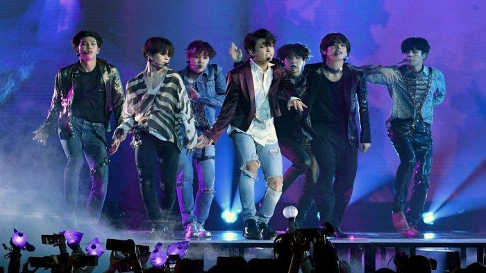 BTS Umumkan Konser Virtual di Bulan Ramadhan, Sebagian Penggemar Kecewa