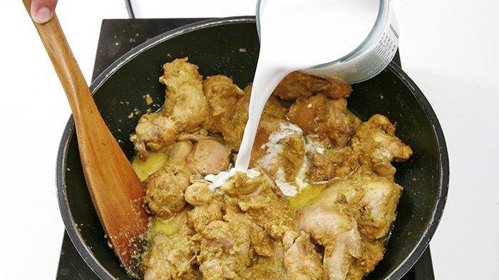 Cara Membuat Bumbu Opor Ayam, Sajian Lezat di Hari Raya Idul Adha