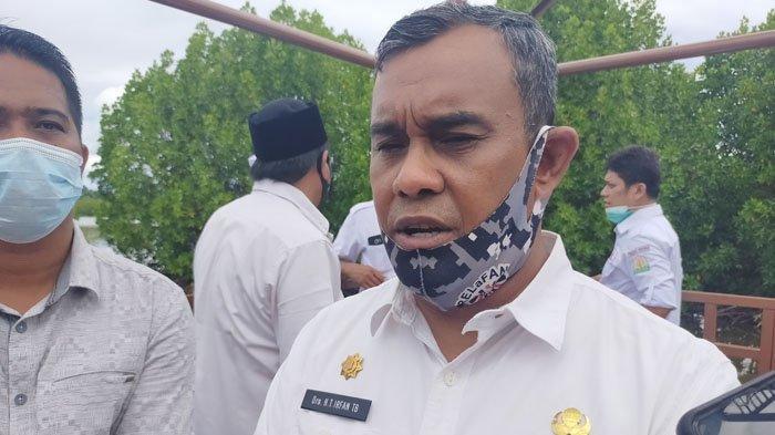 Bupati Aceh Jaya Irfan TB Siap Divaksin: Jika MUI tidak Kita Percaya, Siapa yang Harus Kita Percaya
