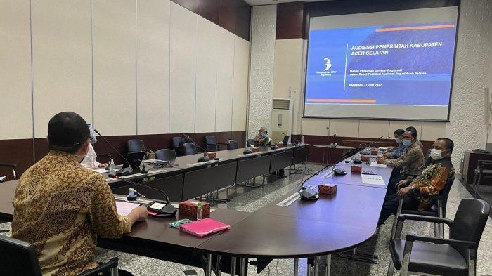 Bersama Ketua DPRK,Tgk Amran Paparkan Rencana Percepatan Pembangunan Aceh Selatan di Bappenas RI