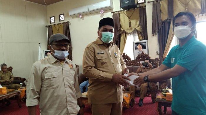 Lepas Kontingan Pra Pora, Bupati Aceh Singkil: Atlet tidak Hanya Bertanding Tapi Ukir Prestasi