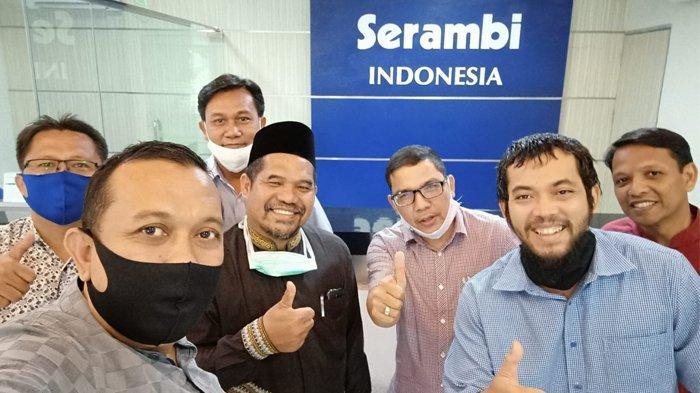 Bupati Bener Meriah Abuya Sarkawi Mendadak Kunjungi Kantor Serambi di Aceh Besar