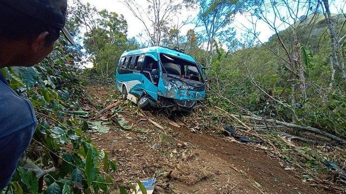 Sopir Minibus Maut Kabur Dari Rs Serambi Indonesia