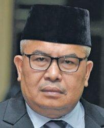 Bustami Hamzah Komut Bank Aceh