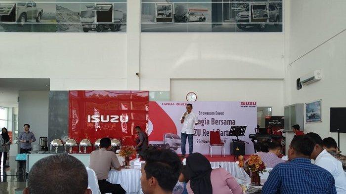 Gelar Showroom Event, Isuzu Aceh Perkenalkan Produk Terbaru Pakai Virtual Reality