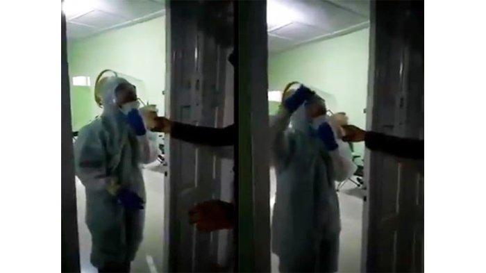 Viral Video Cara Tenaga Medis Berbuka Puasa Dengan APD Masih Melekat di Badan, Warganet Sedih
