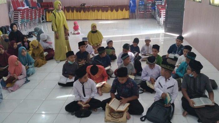 Murid SD 3 Percontohan Peusangan Ikut Ramadhan Ceria Bersama Alquran