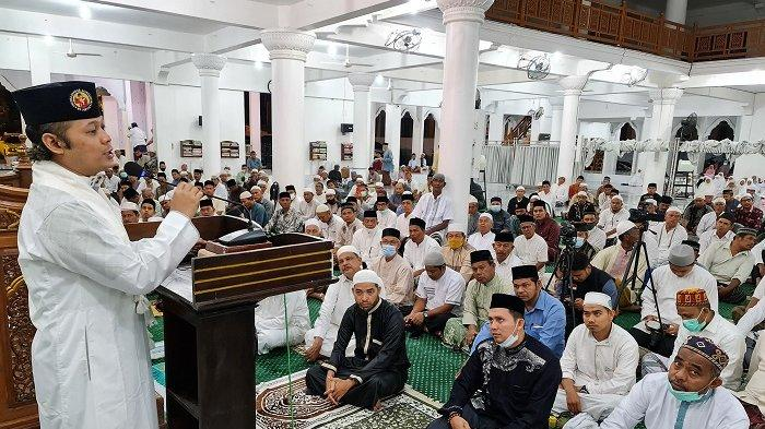 Ustadz KH Syauqi Zainuddin MZ Tausyiah pada Empat Masjid di Pidie, Sampaikan Hal Ini