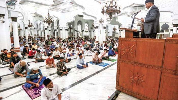 Alquran Panduan Umat Hadapi Covid-19, Intisari Ceramah Nuzulul Quran di Masjid Raya