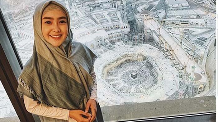 Dihujat Karena Lepas Hijab UsaiUmrah,Cita Citata: Saya Gak Munafik, Masak Goyang Gangdut Berhijab?