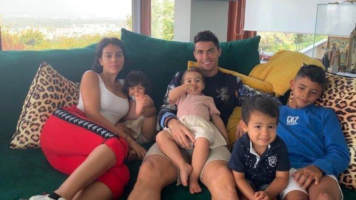 Georgina Rodriguez Dikabarkan Tengah Hamil Lagi, Cristiano Ronaldo Ingin Punya 7 Anak - Serambi Indonesia
