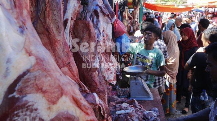 FOTO-FOTO : Hari Pertama, Ini Harga Daging Meugang di Banda Aceh - daging-meugang-3.jpg