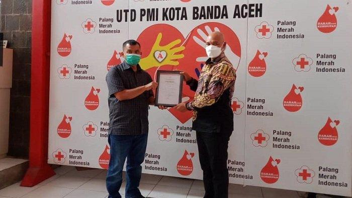 Sudah 10 Kali Sumbang Darah untuk Kemanusian, Plt Bupati Bener Meriah Terima Penghargaan dari PMI