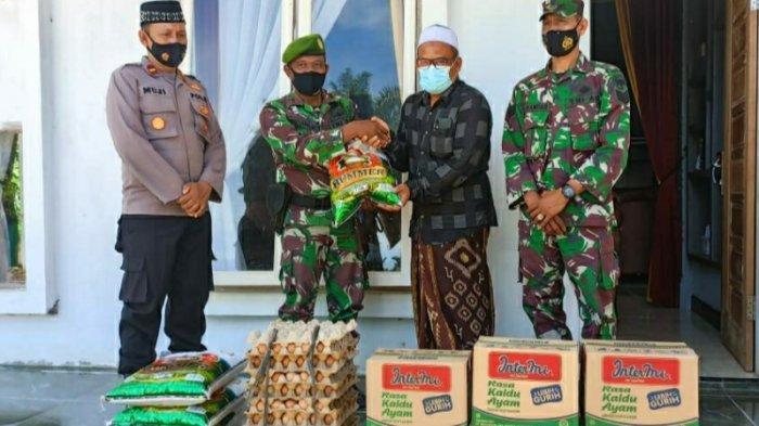 Dandim 0107/Aceh Selatan Serahkan Sembako untuk Pesantren Babussa'dah Teupin Gajah