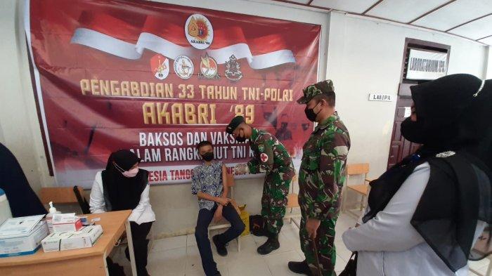 Dandim Aceh Selatan Tinjau Pelaksanaan Vaksinasi Pengabdian 33 Tahun AKABRI 1989