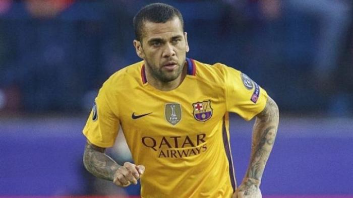 Dani Alves Ungkap Kebrobrokan Manajemen Barcelona, Mereka Sebut Saya Gila