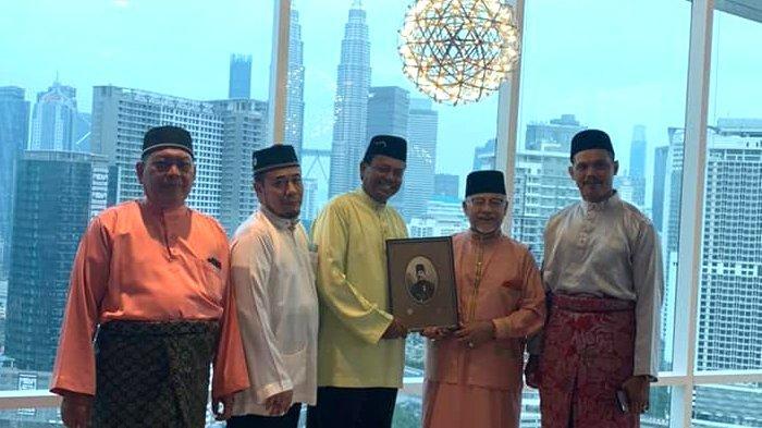Ketika Datuk Dr Mohd Ghazali Menelusuri Garis Silsilah Nenek Moyangnya yang Berasal dari Aceh