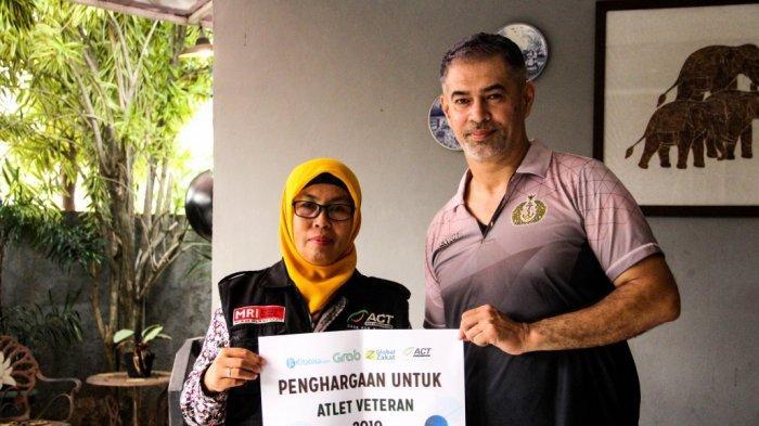 ACT Beri Penghargaan Legenda Voli Indonesia, Pascal Wilmar