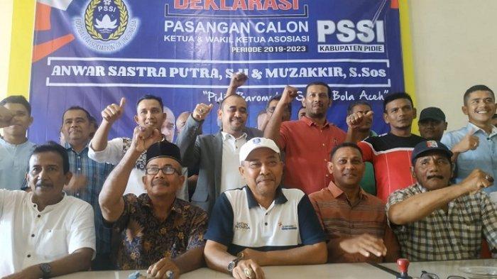 Pasangan Anwar Sastra Putra - Muzakkir Siap Jadi Ketua Askab PSSI Pidie