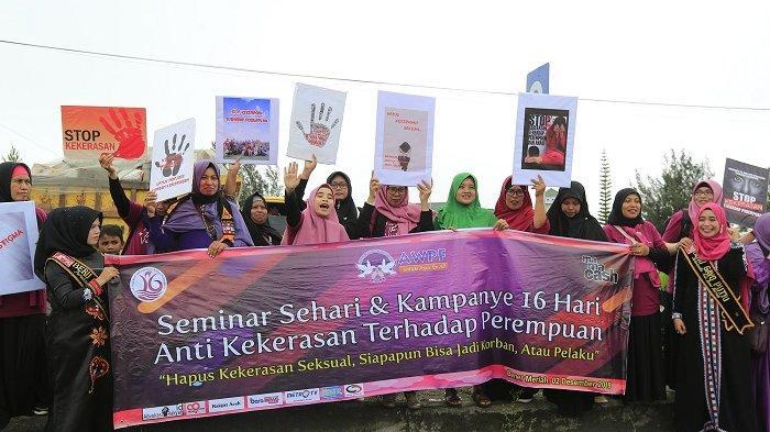 Turun ke Jalan, Aktivis Perempuan di Bener Meriah Kampanye Anti Kekerasan Kaum Hawa