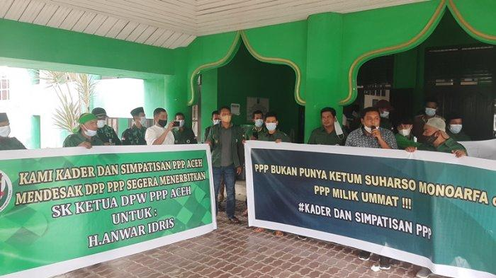 Kader PPP Aceh Duduki Kantor DPW, Minta Pusat Keluarkan SK untuk Anwar Idris
