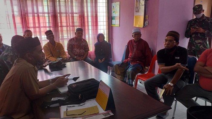Demo Soal Pj Keuchik, Perwakilan Warga KeudeJeuniebTemui Camat