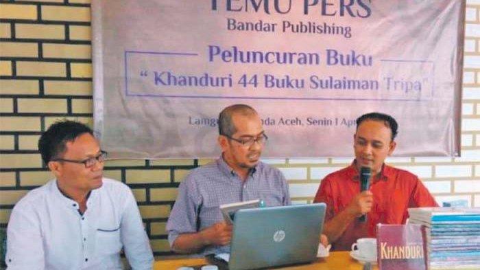 Setahun Hasilkan 44 Judul Buku, Rektor Apresiasi Sulaiman Tripa